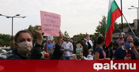 """От """"МлаДа България"""" зададоха пред медиите списък с въпросите, които"""