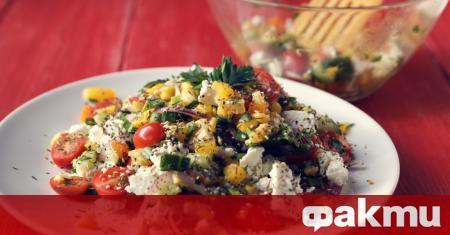 Опитайте тази рецепта за бърза, лесна и засищаща салата на