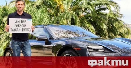Американският актьор, режисьор и автомобилен състезател Патрик Демпси, придобил световна