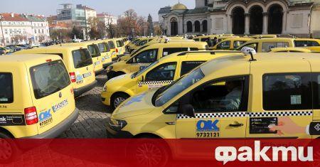 За втори пореден ден таксита излизат на протест в София.