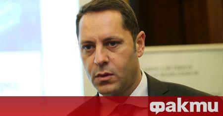 Бившият зам.-министър на икономиката Александър Манолев обвини прокуратурата, че са