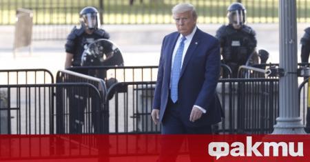 Америкаснкият президент Доналд Тръмп отрече медийните твърдения, че се е
