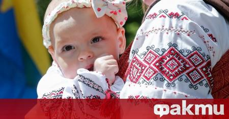 Снимка: Корона-бебетата от Киев