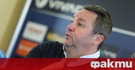 Халфът Илия Юруков оставя отлични впечатления в треньора на Левски