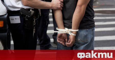 Пращат на съд на 28-годишен, барикадирал се в тайник в
