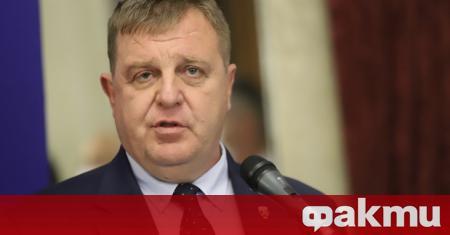 Вицепремиерът и министър на отбраната Красимир Каракачанов коментира пред БНР