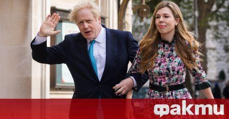 Британският министър-председател Борис Джонсън и годеницата му Кари Саймъндс са
