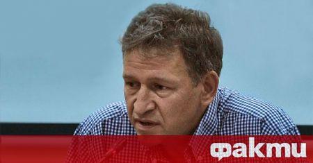 Коментар на д-р Стойчо Кацаров за Център за право и