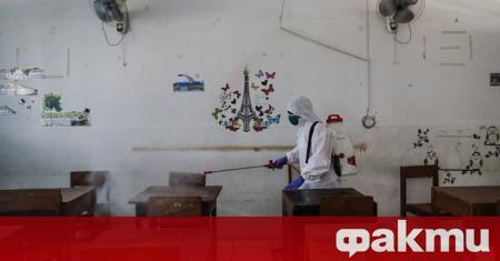 Училищата и университетите в Китай се готвят за новата учебна