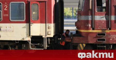Движението на влакове през жп гара Белово е било възстановено