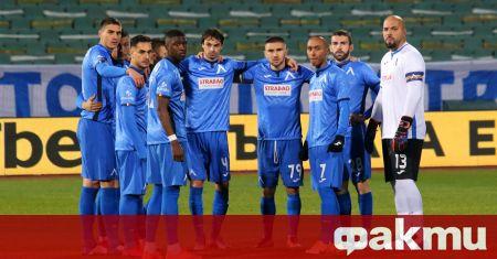 Договорите на 10 футболисти на Левски изтичат това лято, съобщава