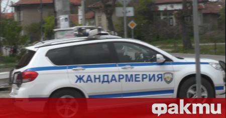Петрич осъмна под обсада. Навсякъде има полиция и жандармеристи. Тази