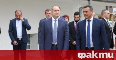 Президентът Румен Радев посети Института по растителни и генетични ресурси