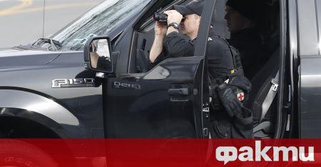 Полицията във Вашингтон задържа въоръжен мъж, опитал да мине през