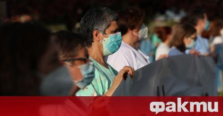 Властите в Испания намалиха с близо 2000 броя на регистрираните