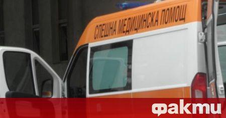 Двама полицаи спасиха жена с коронавирус, която била върната от