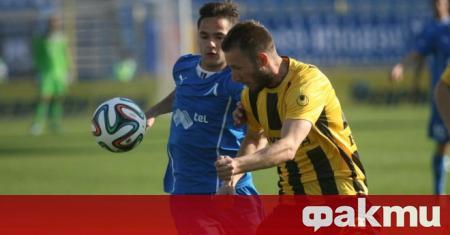 Третодивизионните италиански клубове Катания и Монополи проявяват интерес към Радослав