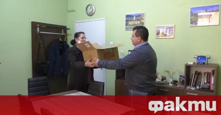 """150 предпазни шлема получи областната болница """"Д-р Иван Селимински"""" в"""