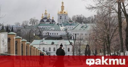 Женски манастир в центъра на Киев бе поставен под карантина