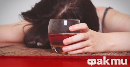 Жените са по-податливи на алкохолизъм от мъжете, установи изследване, цитирано
