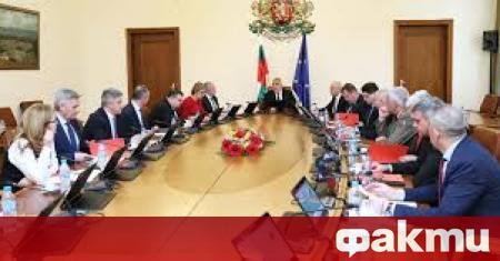 Правителството ще гласува финансова помощ за земеделските производители, съобщи Българското