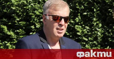 Мажоритарният акционер на Левски - Наско Сираков, е провел среща