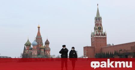Москва заяви, че ще отвори отново училища и университети през