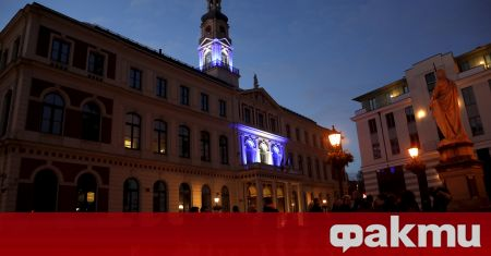 Съд в Рига разпореди задържането на опозиционен депутат в страната,
