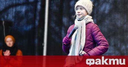 Шведската активистка Грета Тунберг обяви, че възобновява своите седмични протести,