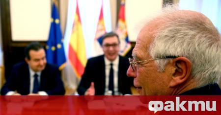 Президентът на Сърбия Александър Вучичи и премиерът на Косово Авдулах