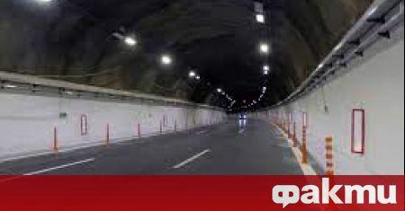 Движението в тунел