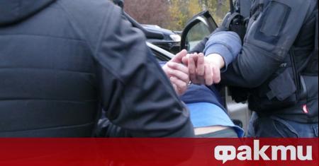 Мъж на 47-годишна възраст е задържан и обвинен за блудство