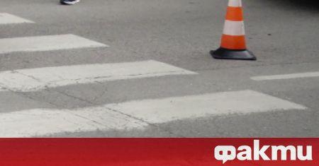 Водач на лек автомобил е блъснал възрастна жена на улица