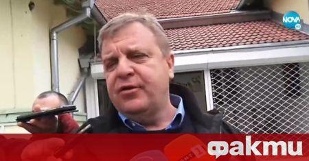 Лидерът на ВМРО Красимир Каракачанов упражни правото си на глас