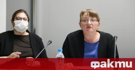 Министърът на труда и социалната политика Деница Сачева определи действията