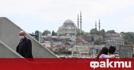 Турция ще извършва PCR тестове на чуждестранните туристи, пристигнали в