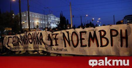 Фоторепортери в Гърция обявиха, че техни снимки са били цензурирани