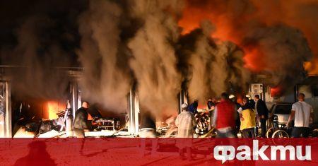 Най-малко 10 души са загинали при пожар, избухнал в модулна