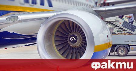 Самолетът на Ryanair по маршрута Атина - Вилнюс направи аварийно