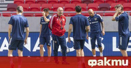 Селекционерът на националния отбор на Русия Станислав Черчесов обяви разширения