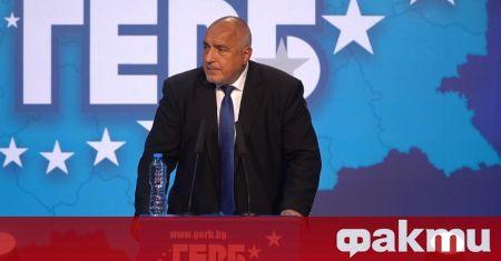 Вицепремиерът Томислав Дончев и бившият външен министър Даниел Митов са