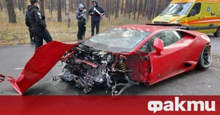 Екземпляр от суперкара Lamborghini Huracan беше пуснат за продажба в
