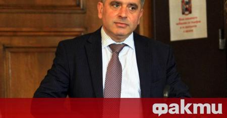 Депутатите приеха оставката на Данаил Кирилов като народен представител, предаде