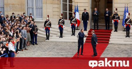 Съдебно разследване започва срещу отиващото си френско правителство за действията