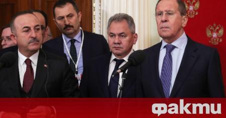 Руският външен министър Сергей Лавров проведе телефонен разговор с турския
