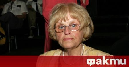 Тази нощ е починала Гергина Тончева, първият директор на Националната