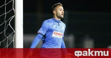 Левски победи Царско село с 2:0 в мач от първия