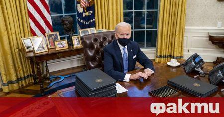 Президентът на САЩ вдигна забраната за издаване на зелени карти,