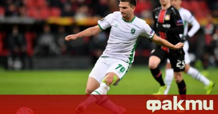 Бившият футболист на Лудогорец Якуб Швиерчок ще играе в японския