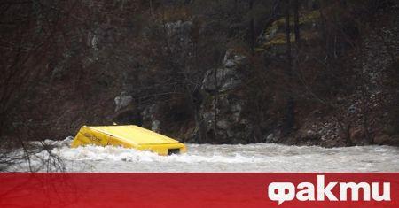 Интензивните валежи в област Велико Търново доведоха до преливане на